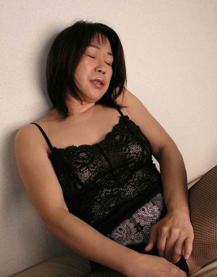 顔出し熟女画像掲示板 熟女妻(60代以上) 投稿画像掲示板 投稿内容